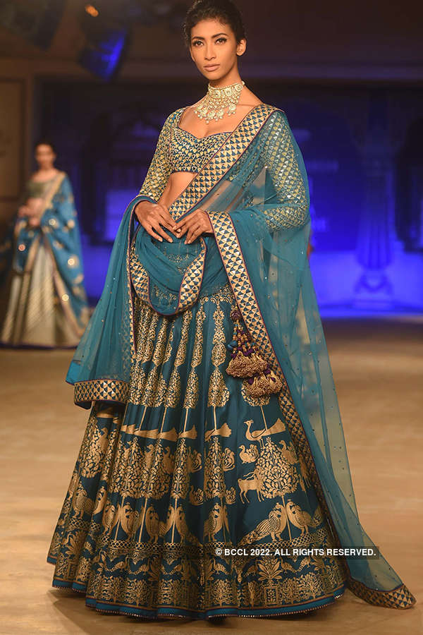 FDCI India Couture Week 2017: Day 3: Reynu Taandon
