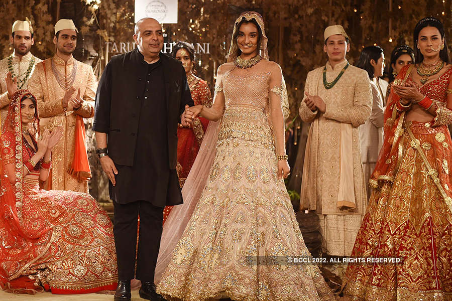 FDCI India Couture Week 2017: Day 3: Tarun Tahiliani