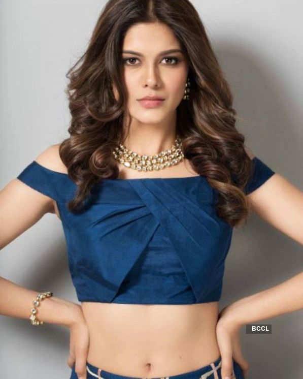 Asha Bhat looks svelte in her latest photoshoot