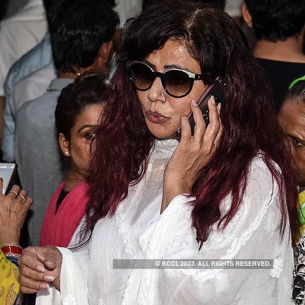 Tina Ghai at Inder Kumar's funeral