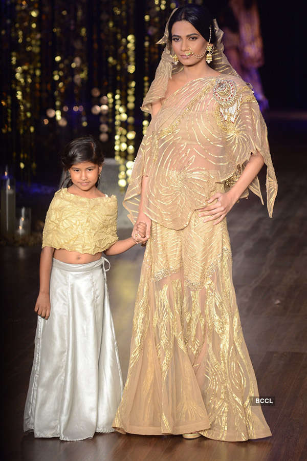 FDCI India Couture Week 2017: Day 7: Rina Dhaka