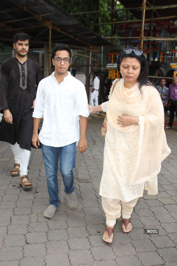 Celebs at Inder Kumar's prayer meet