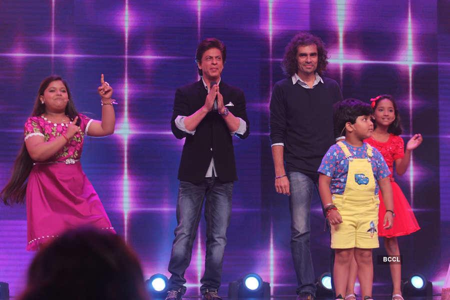 Shah Rukh Khan and Imtiaz Ali arrive