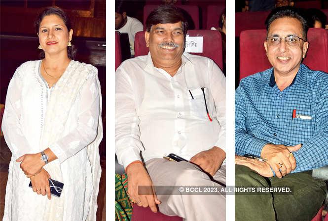 L-R Deepshikha, Dr Akhilesh Mishra and Dr R N Srivastava (BCCL/ Farhan Ahmad Siddiqui)