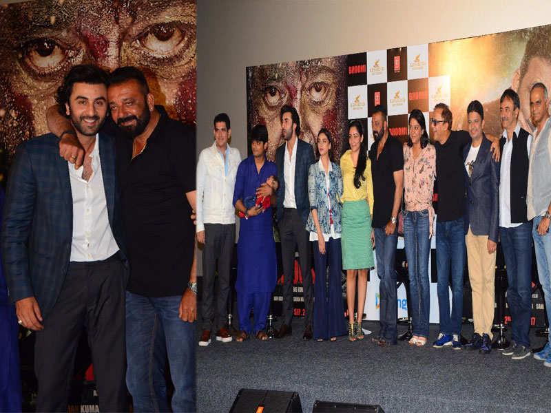 Ranbir Kapoor cheers for Sanjay Dutt at 'Bhoomi' trailer launch
