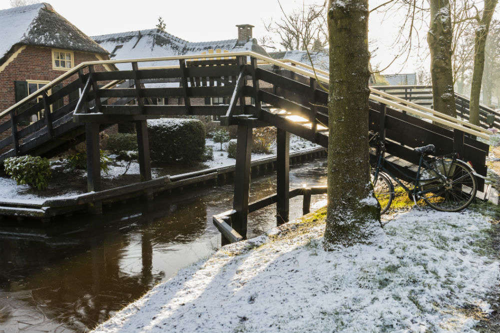 Giethoorn A Dreamy Village In Netherlands With No Roads Is Waiting