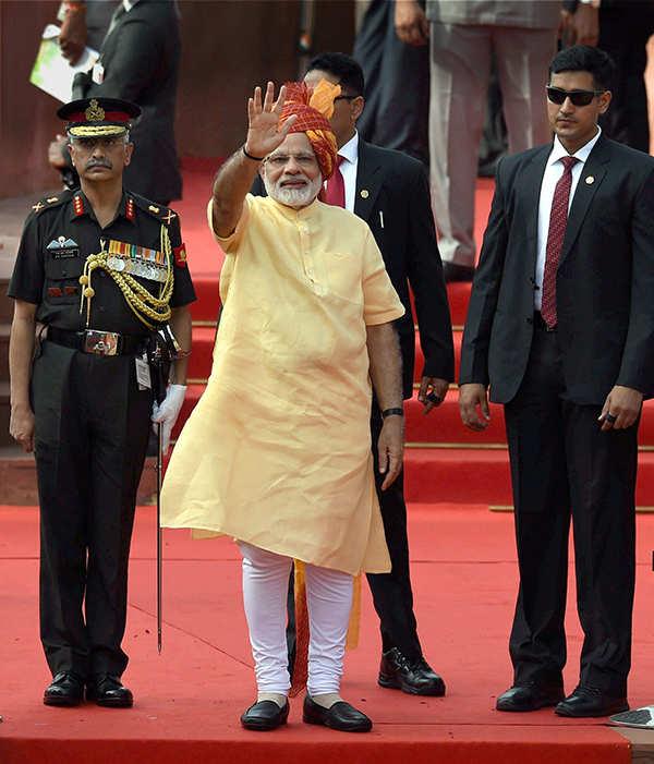 PM Modi greets nation on I-Day, Janmashtami