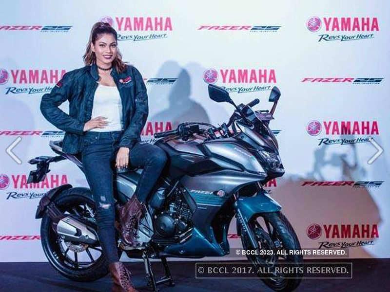 Lopamudra Raut launched Yamaha Fazer 25