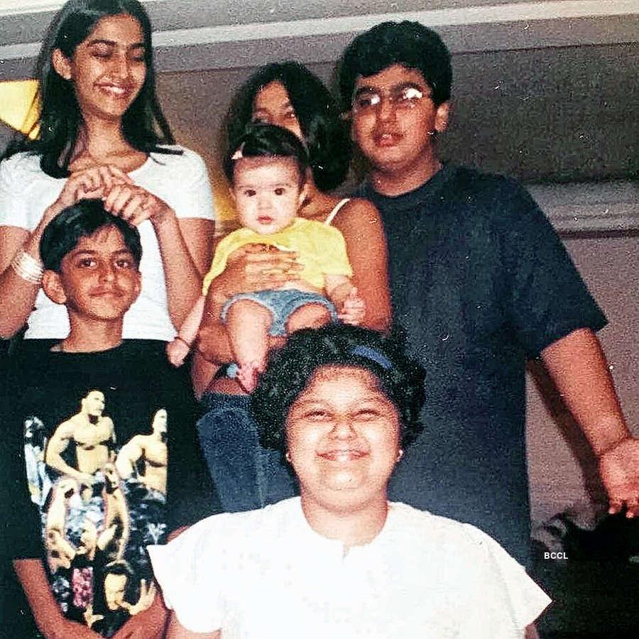 Sonam Kapoor, Arjun Kapoor, Rhea Kapoor, and Harshvardhan Kapoor