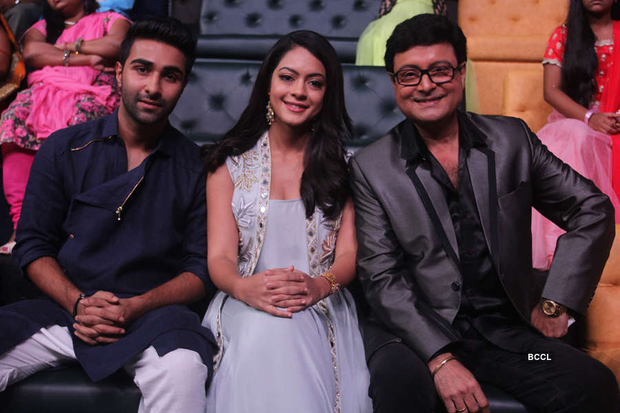 Aadar Jain, Anya Singh, Sachin Pilgaonkar