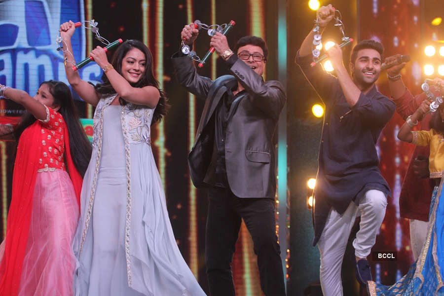 Anya Singh, Sachin Pilgaonkar, Aadar Jain