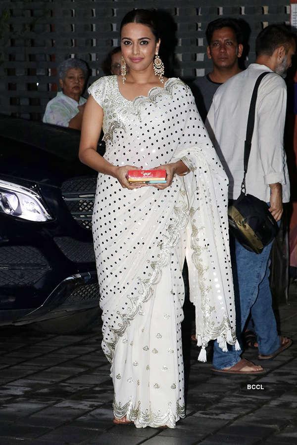 Arpita & Aayush bid farewell to Ganpati