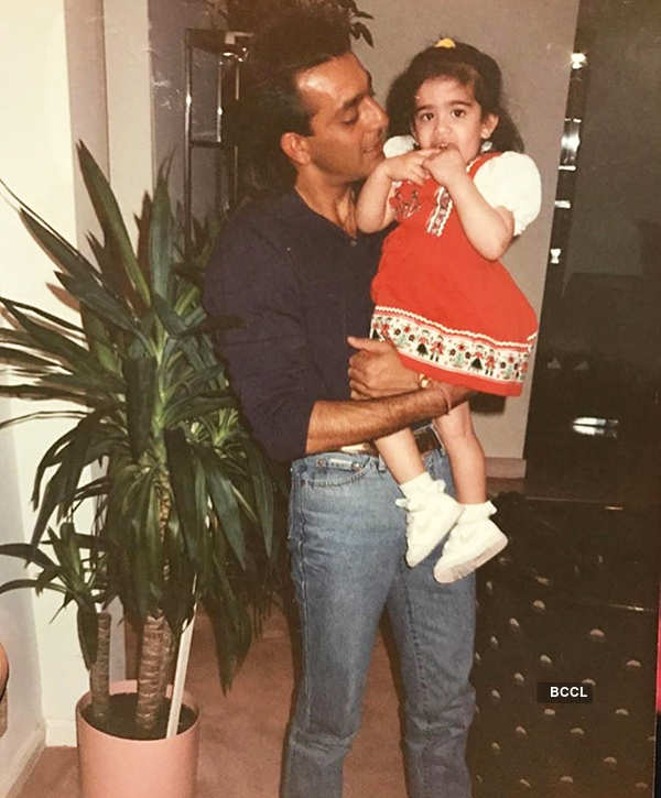 Deepika Padukone, Sushant Singh Rajput and other celebs will make you nostalgic in these throwback pictures