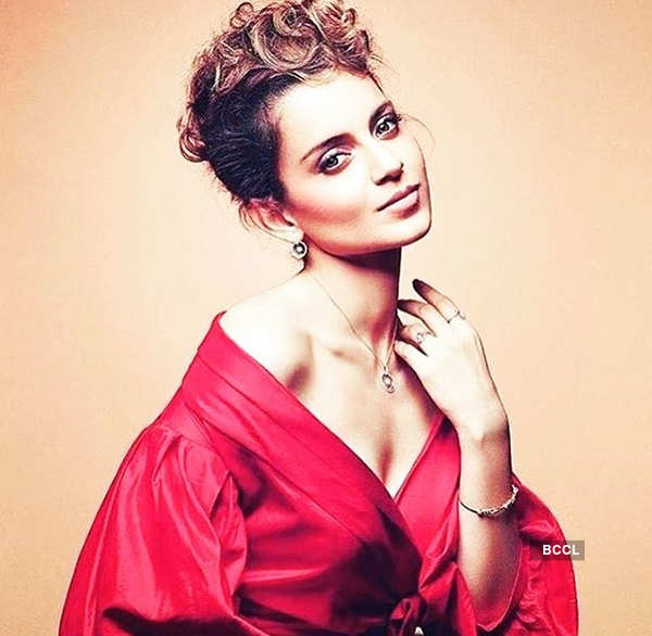 Kangana speaks about ugly spat, demands apology from Hrithik