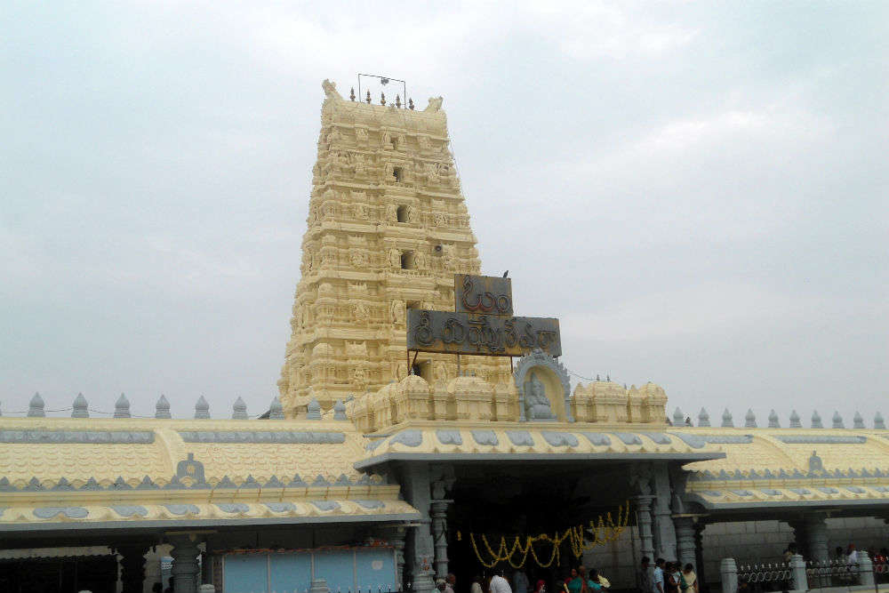 The shocking history of Kanipakam Ganesha Temple is a must