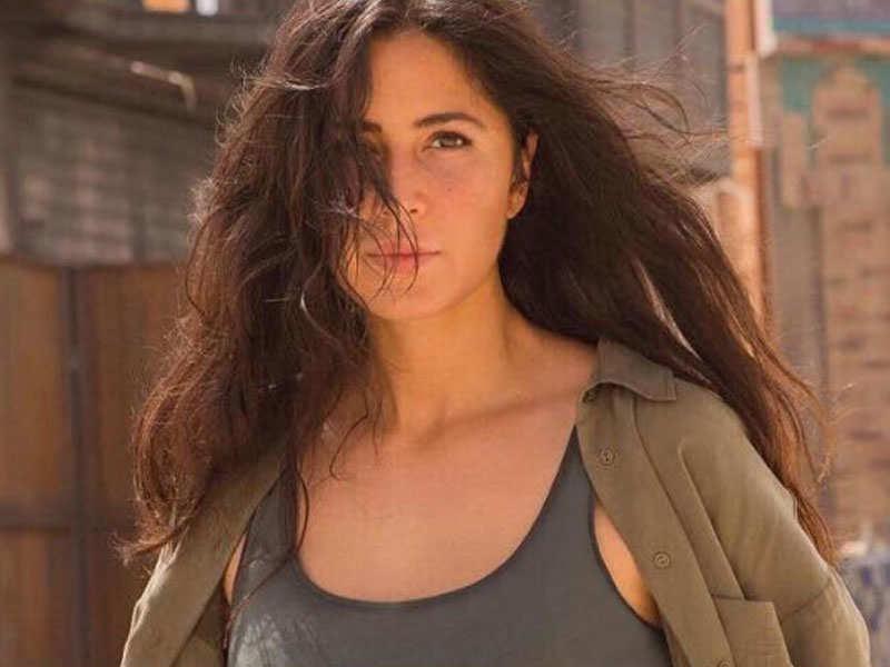 Katrina kaif shares a scintillating selfie from the desert katrina kaif shares a scintillating selfie from the desert voltagebd Image collections