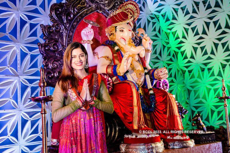 Asha Bhat's Ganpati Celebrations at Sahyadri, Chembur