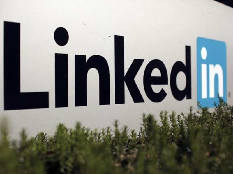 6 most-viewed tech executives on LinkedIn