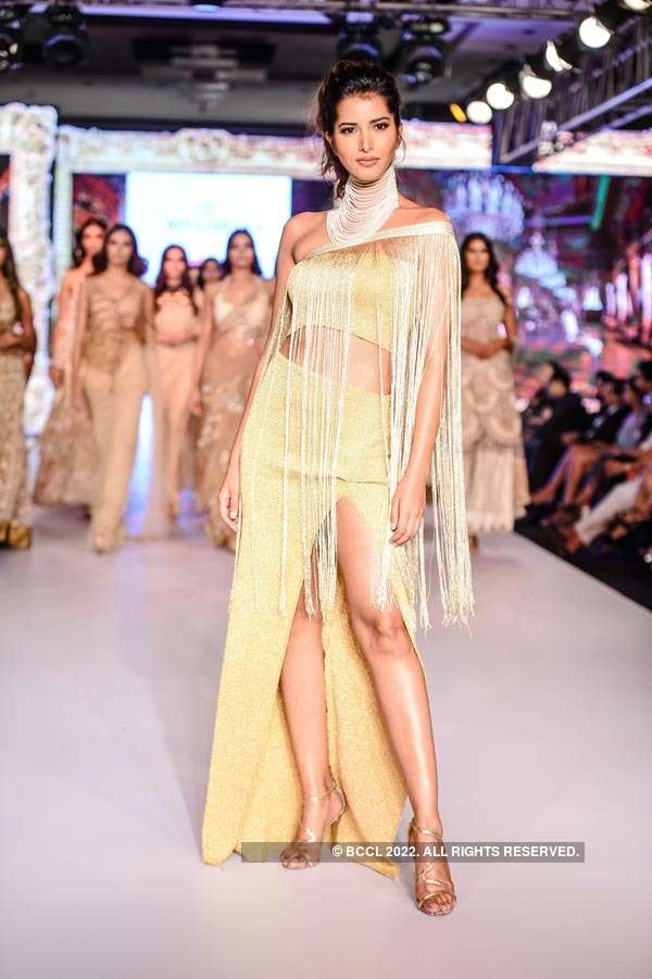BT Fashion Week: Rina Dhaka