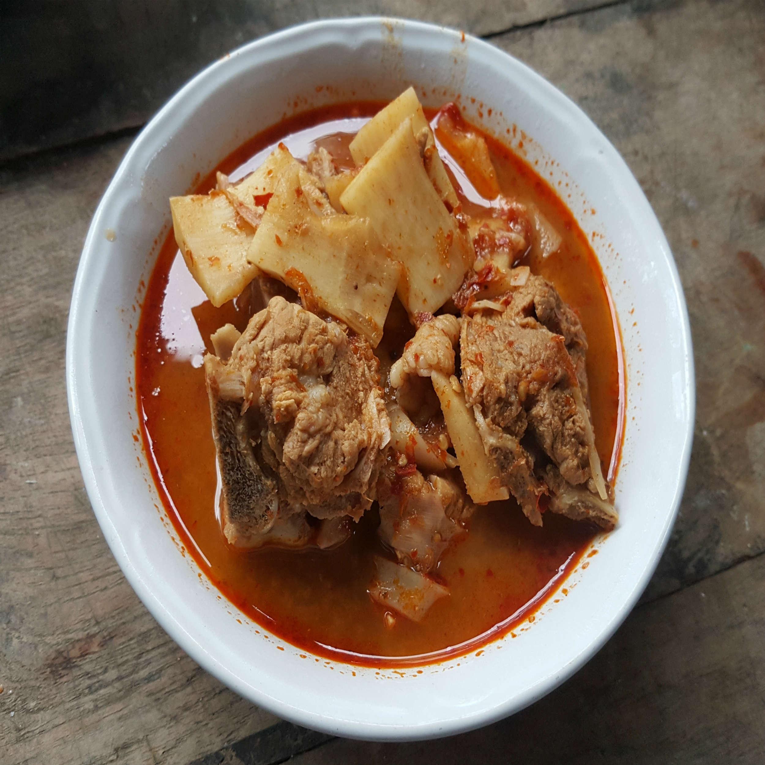 Naga Pork Curry Recipe: How to Make Naga Pork Curry Recipe | Homemade Naga  Pork Curry Recipe