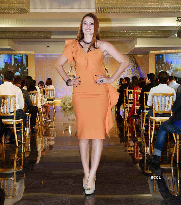 Joya - Fashion & Lifestyle: Fashion Show