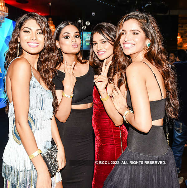 Celebs dazzle at Miss Diva Miss Universe India 2017 party
