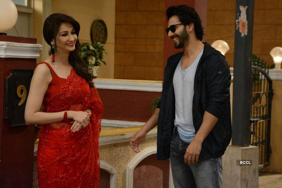 Bhabi Ji Ghar Par Hai: On the sets