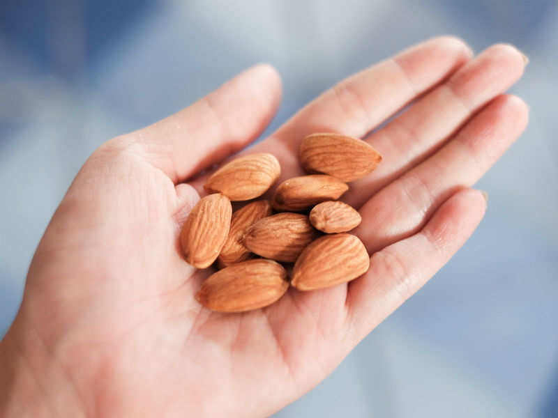 5 surprising side effects of eating too many almonds | The