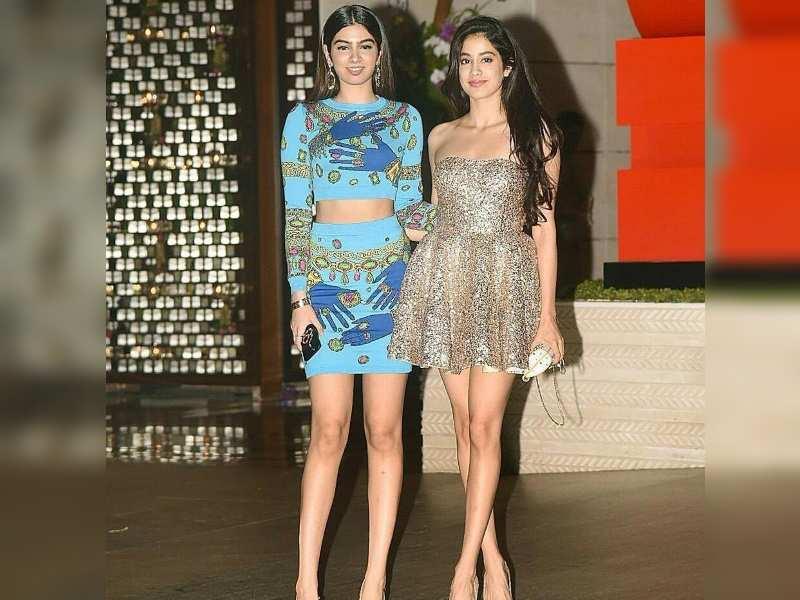 Jhanvi Kapoor and Khushi Kapoor raise the glamour quotient at the Ambani bash