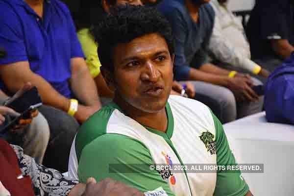 Rana, Puneeth cheer for Futsal teams