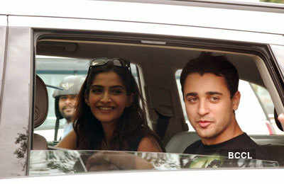 Imran spotted with Sonam