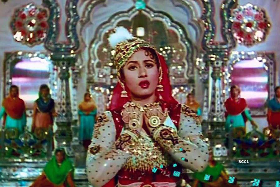 Legendary playback singer Lata Mangeshkar's 30 memorable songs
