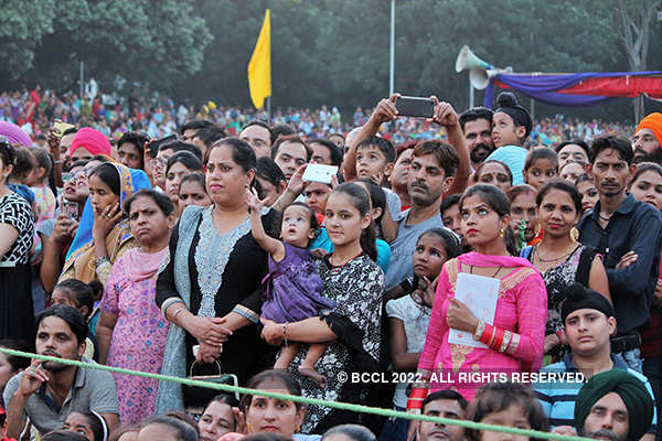 25 photos of Dussehra celebrations