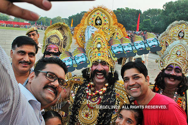 25 photos of Dussehra celebrations