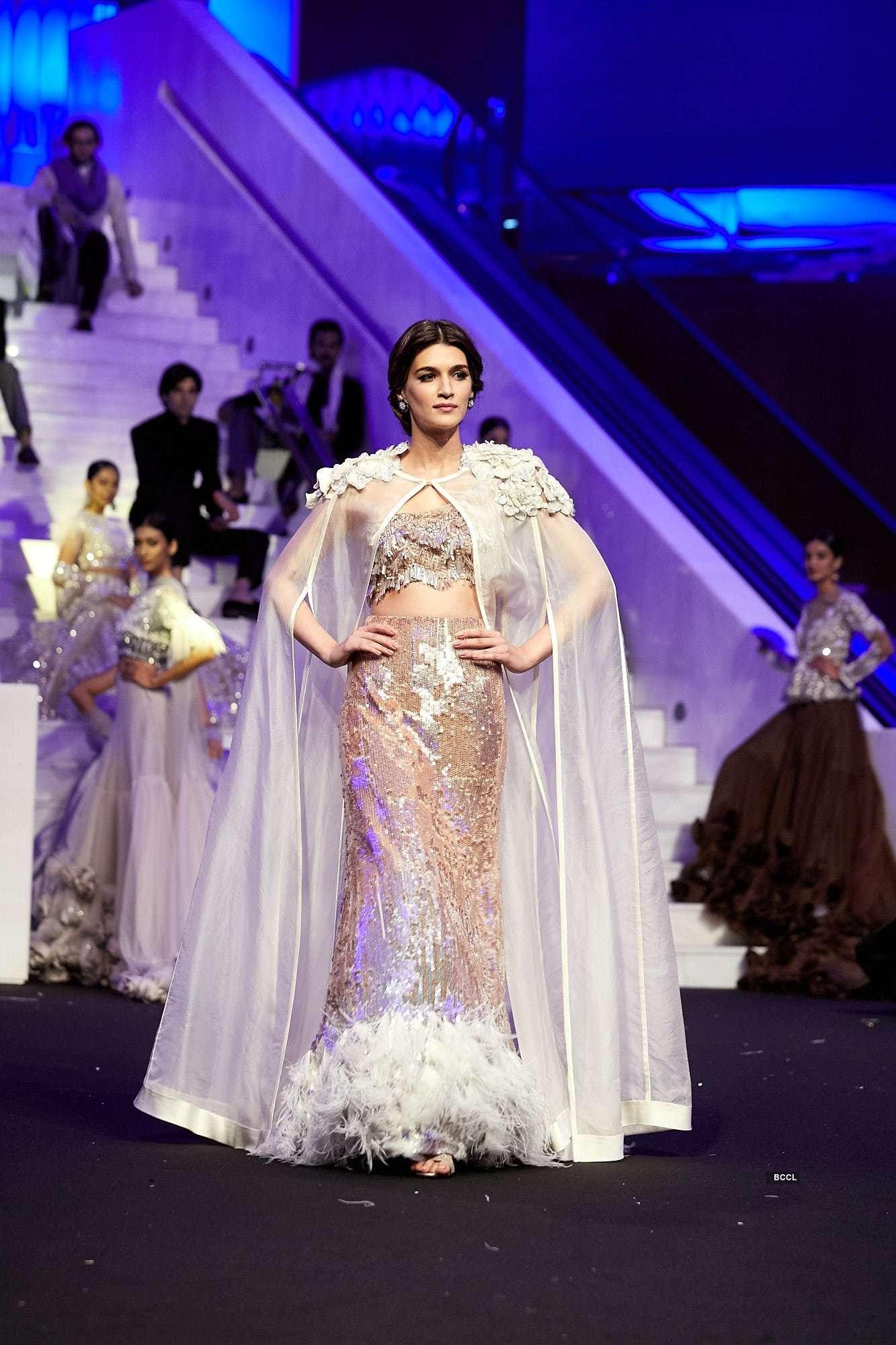 Manish Malhotra's Dubai Show