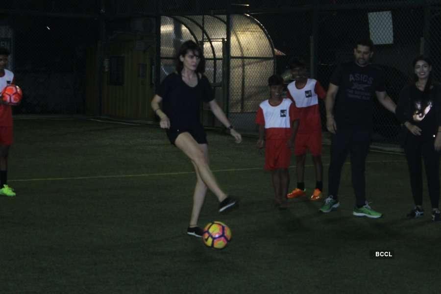 Mandana Karimi with her football team