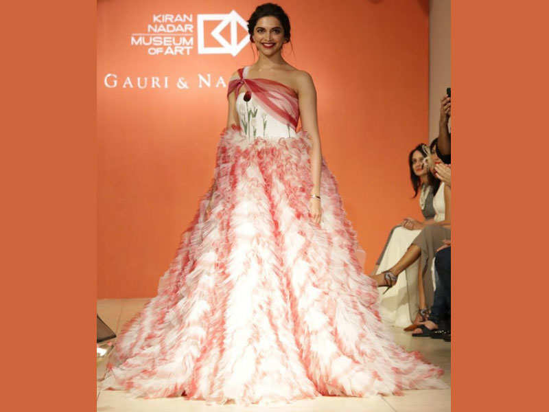 Pic: Deepika Padukone looks angelic in a flowing gown on the ramp ...