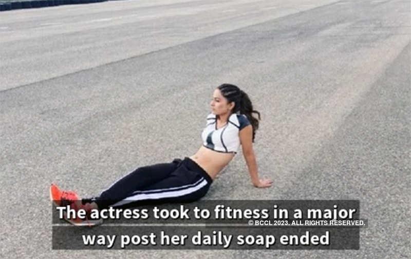 Hina Khan's glamorous transformation