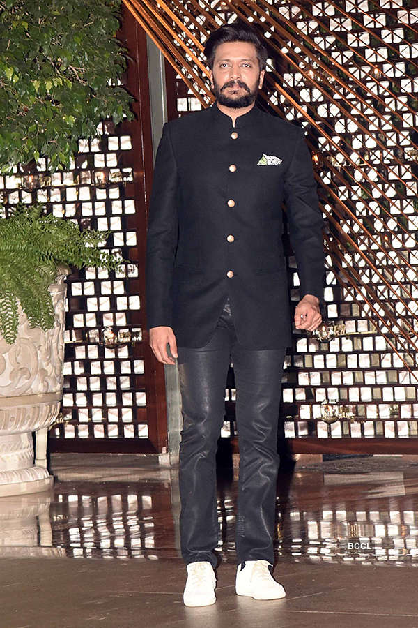 Celebrities at Mukesh Ambani's lavish party