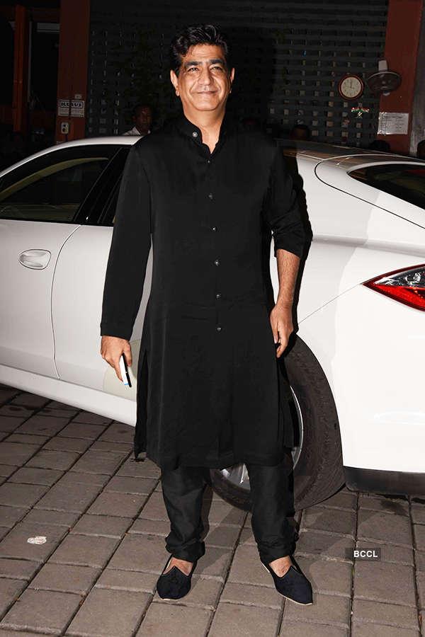 Salman Khan, Shah Rukh Khan, Katrina Kaif & other B'wood biggies celebrate early Diwali