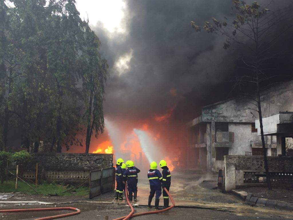 Fire in Navi Mumbai: Major fire at a chemical firm in Turbhe MIDC