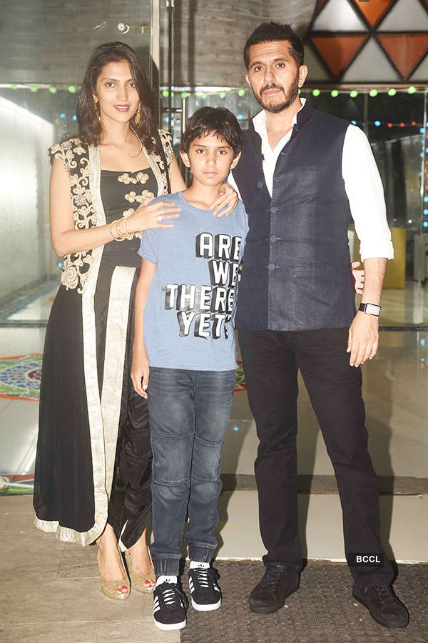 When Sidharth Malhotra bonded with Alia Bhatt at Sanjay Kapoor's birthday party