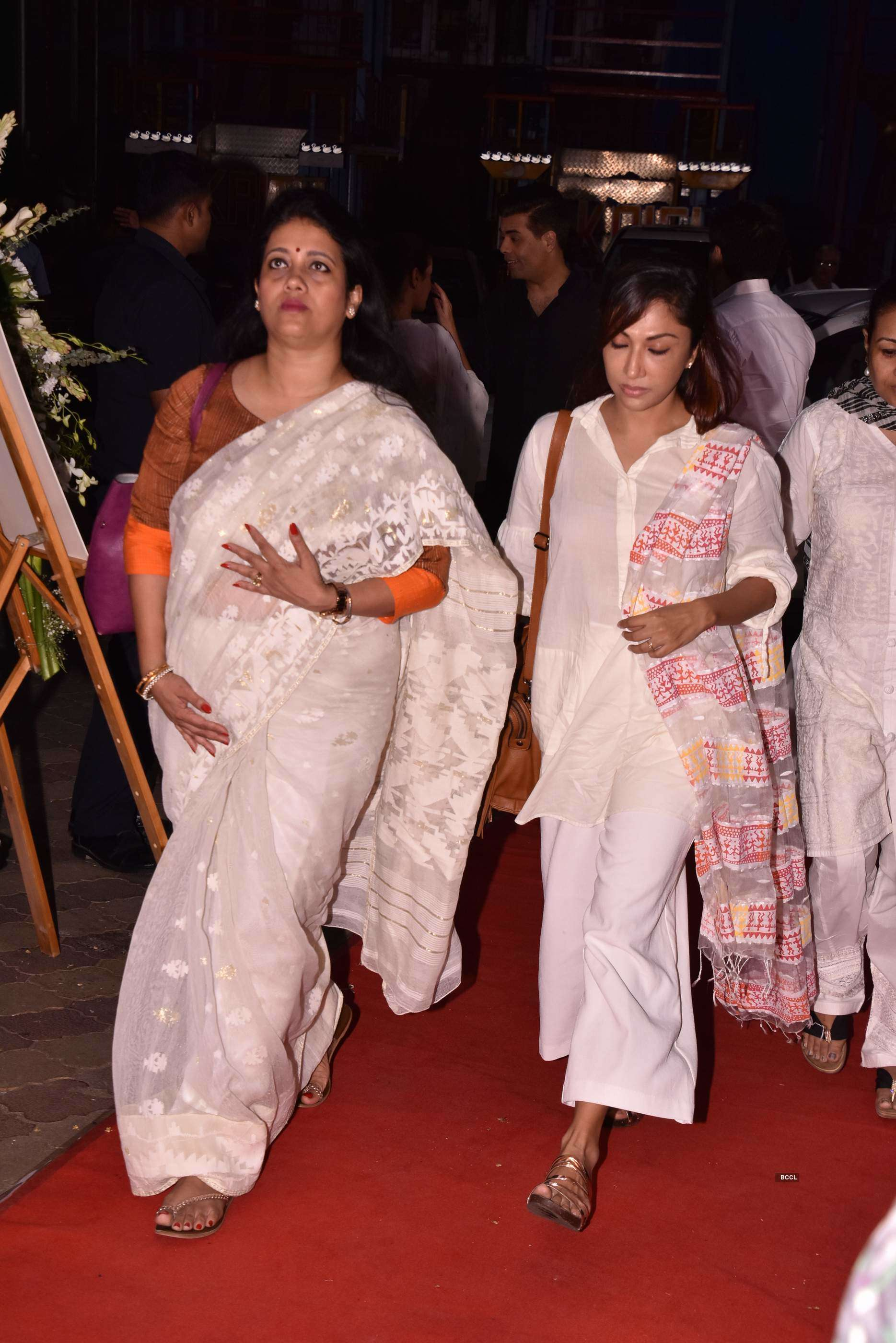 Celebrities attend Rani Mukerji's late father Ram Mukherjee's prayer meet