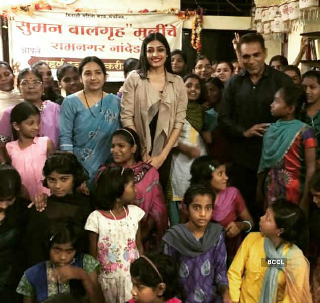 Naveli Deshmukh's joyous Diwali spree