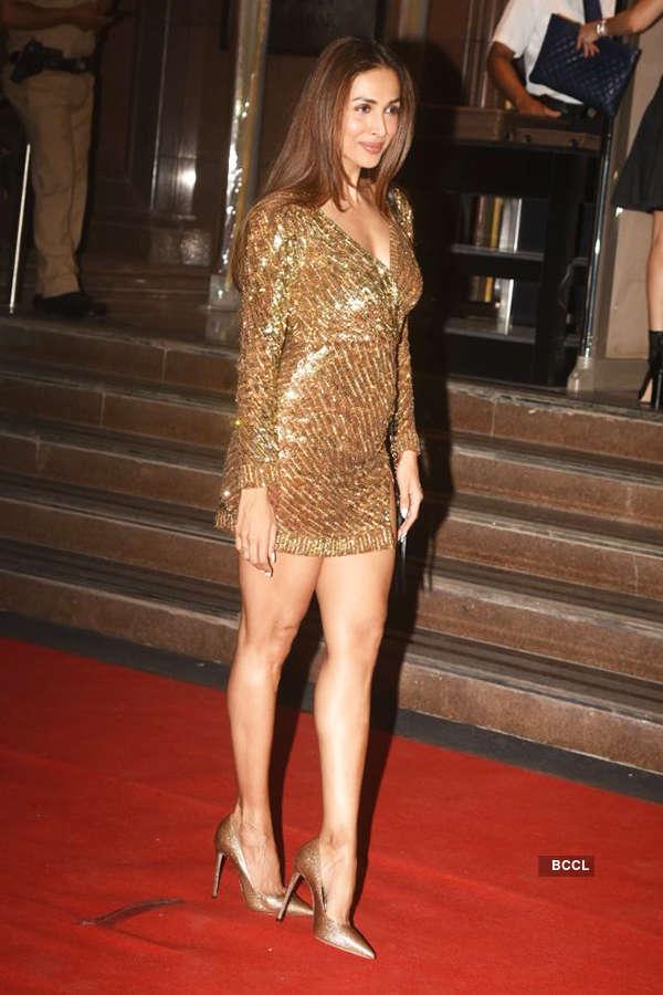 Suhana Khan makes heads turn at mommy Gauri Khan's starry Halloween party