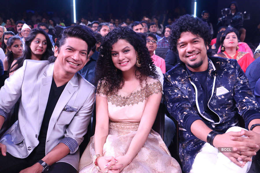 Shaan, Palak Mucchal and Papon