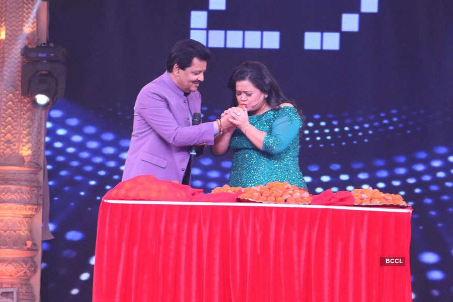Udit Narayan and Bharti Singh