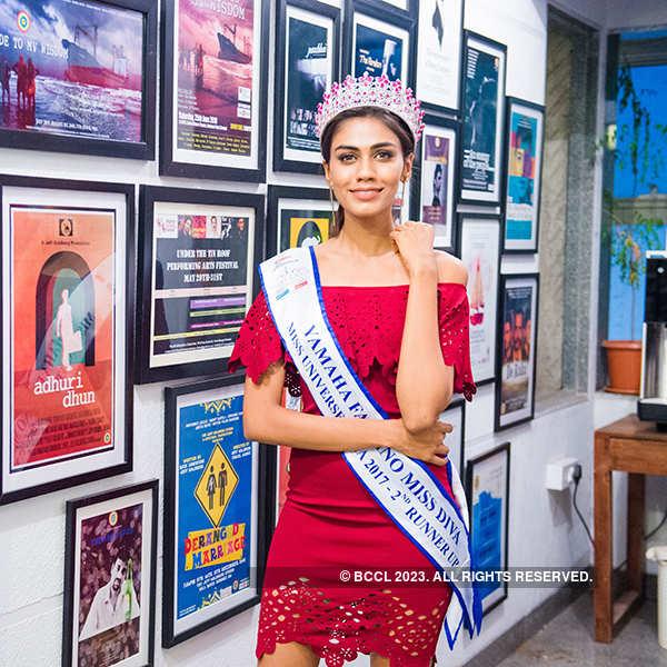 Apeksha Porwal visits Jeff Goldberg Studio