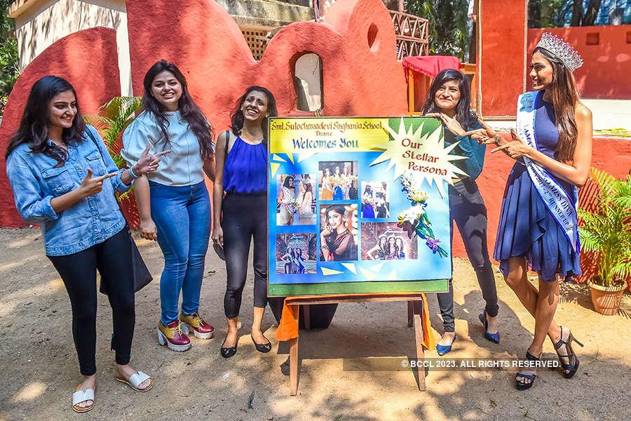 Apeksha Porwal visits her school