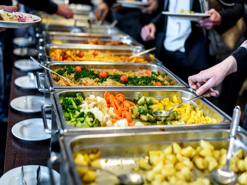 Wedding Reception Food Ideas On A Budget: Weight Watchers Alert! 6 Safe Foods To Eat At An Indian